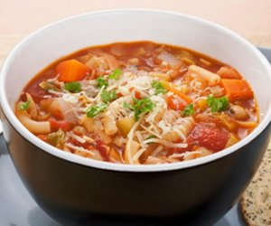 italian, soup, and minestrone image