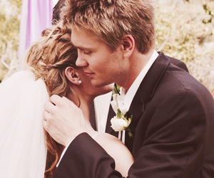lucas scott, oth, and tv image