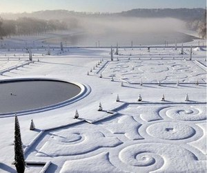 snow, winter, and versailles image