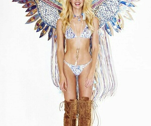 candiceswanepoel and vsfashionshow image