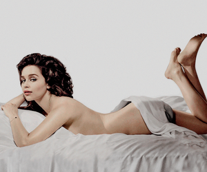 emilia clarke and sexiest woman alive. image