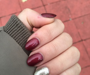 glitter, golden, and nails image
