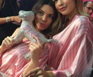new york, kendall jenner, and vs angels image