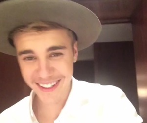 justin bieber, smile, and perfect image