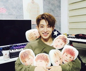 wonho, monsta x, and kpop image