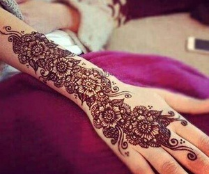 henna and tattoo image