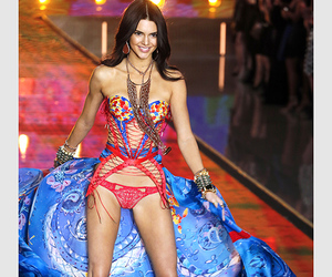 kendall jenner, hair, and victoria secret image