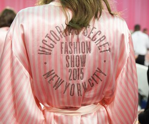 fashion show and Victoria's Secret image