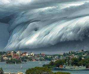 cloud and tsunami image