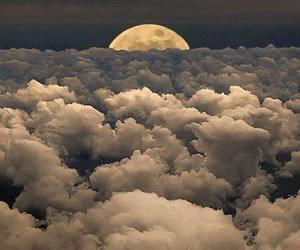 niebo chmury księżyc image
