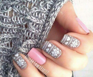 pinky, winter nails, and pink & gray image