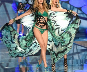 fashion show, victorias secret fashion show, and vsfs image