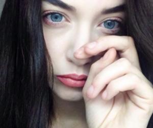 grunge, pale, and blue eyes image