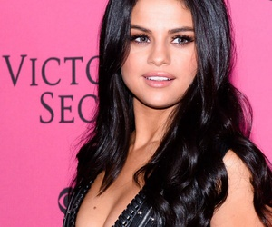 selena gomez, selena, and Victoria's Secret image