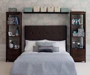 room and pillow image