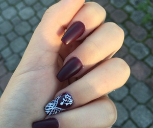 nailpolish, nails, and bordeaux image