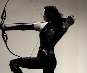 black and white, movie, and katniss image