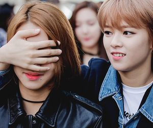 twice, chaeyoung, and jungyeon image