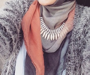 arab, beautiful, and clothes image