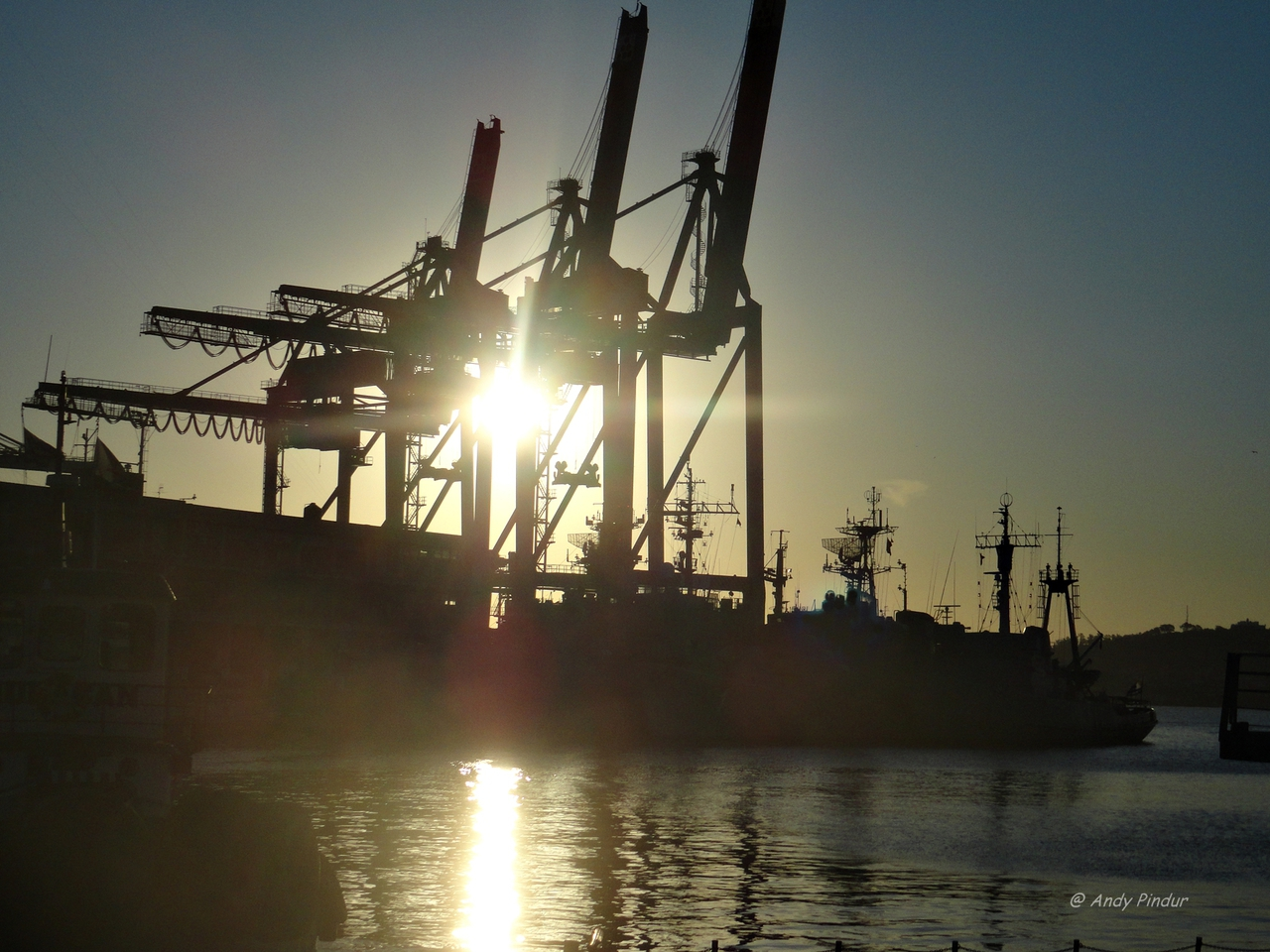 barco, montevideo, and ship image