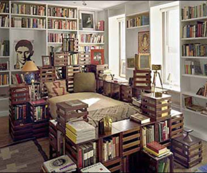 bed and books image