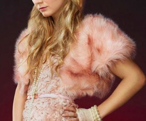 scream queens, chanel, and billie lourd image