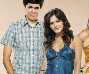 adam brody, rachel bilson, and summer roberts image