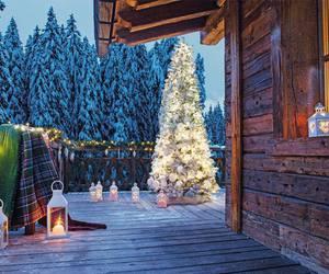 christmas, cottage, and decor image