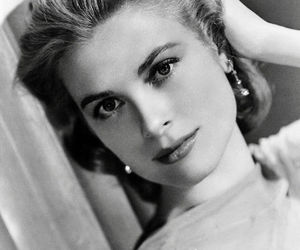 grace kelly and black and white image
