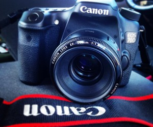 camera, canon, and 70d image