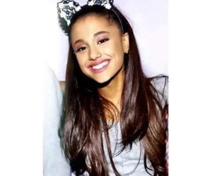 Queen, cute, and ariana grande image