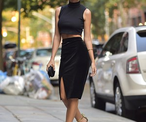 fashion, emily ratajkowski, and heels image