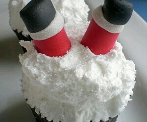 cupcake, christmas, and cake image