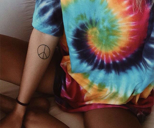 fashion, tie dye, and girl image