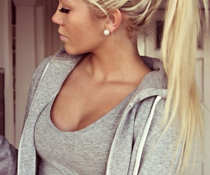 beautiful, earrings, and blonde image
