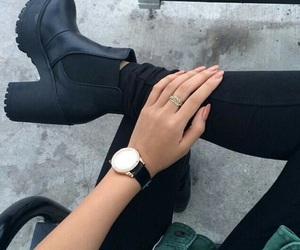 black and elegant image