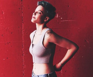 halsey and indie image