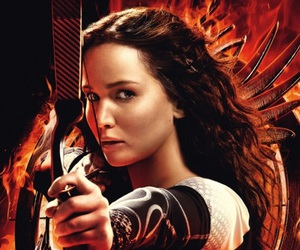 catching fire, hunger games, and Jennifer Lawrence image
