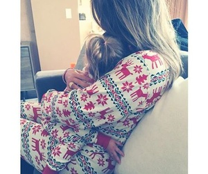 khloe kardashian, christmas, and family image
