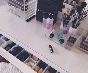 beauty, make up, and makeupstudio image
