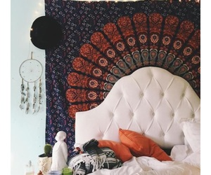 bed and decor image