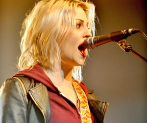 brody dalle, spinnerette, and the distillers image