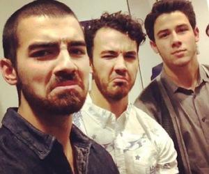 jonas brothers, Joe Jonas, and kevin jonas image