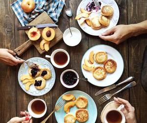 breakfast, yummy, and family image