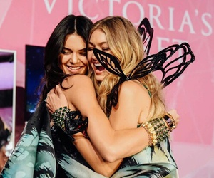 best friends, Victoria's Secret, and vsfs 2015 image