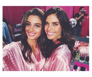 sara sampaio, model, and taylor hill image