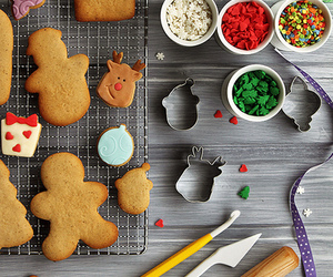 biscuits, cook, and gingerbread image