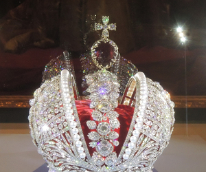 diamonds, pearls, and crown image