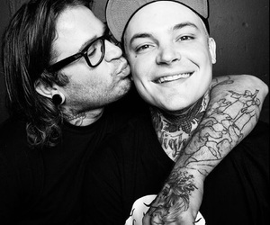 ahren stringer, the amity affliction, and joel birch image