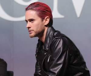 jared leto pink hair, jared leto 2015, and new york 2015 image